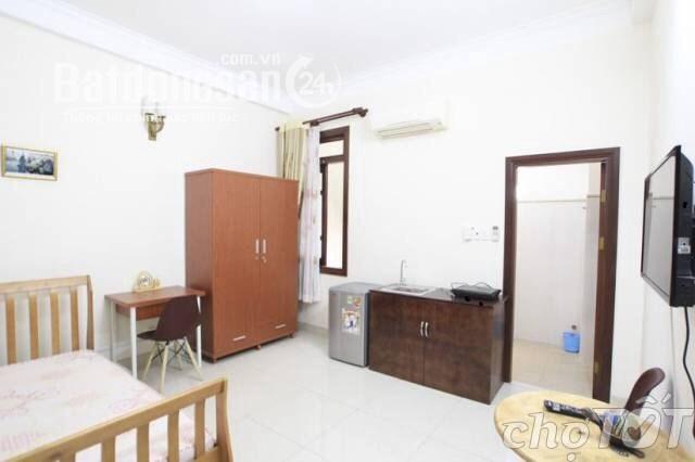 Cho thuê căn hộ cao cấp 25m2, có bếp riêng, Đường Trần Hưng Đạo, Quận 1