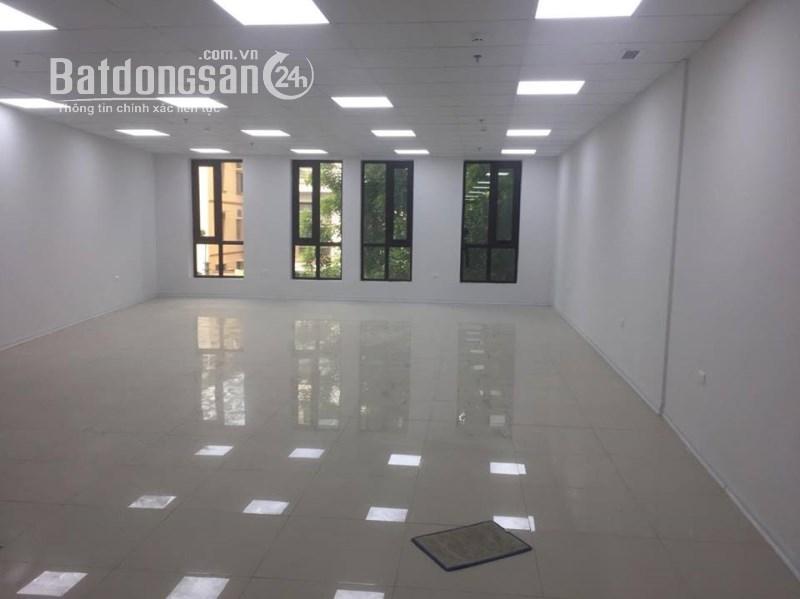 Cho thuê sàn thương mại 1000- 1600m2 giá 7$/m2/tháng  mặt phố Láng Hạ