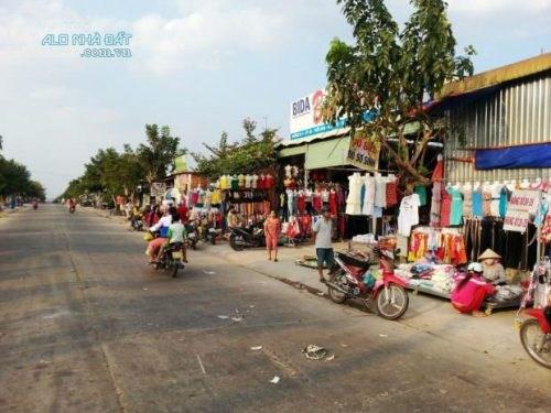 Đất Giá Rẻ-550tr/300m2-Gần Trường, Chợ,Trung Tâm Thương Mại, Sô Hồng Riêng
