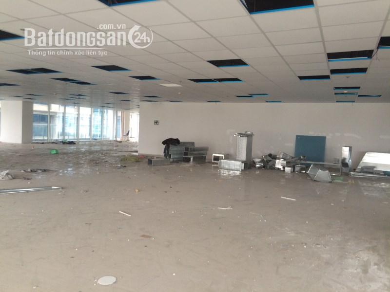 Cần CHO THUÊ  văn phòng Phương Liệt 130m quận ĐỐNG ĐA miễn phí 1 tháng tiền thuê
