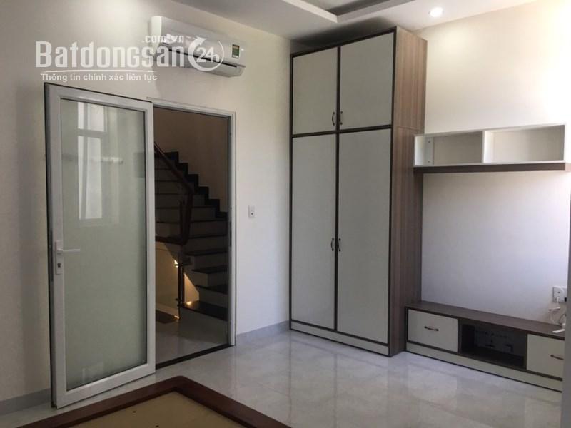 Cho thuê nhà VSIP 3 tầng full nội thất có gara oto, lh 0973321776