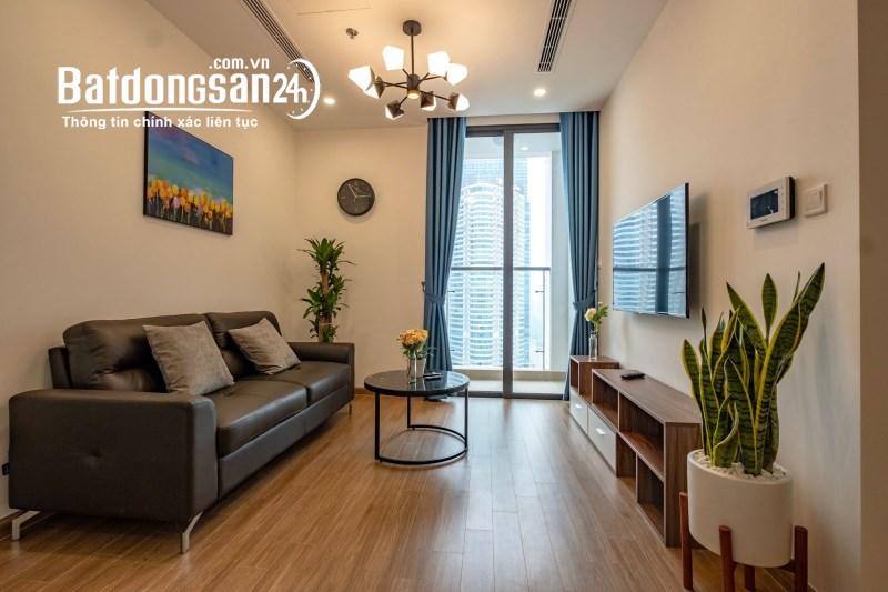 Chính chủ bán căn hộ 3 phòng ngủ view thành phố tại Sun Ancora số 3 Lương Yên