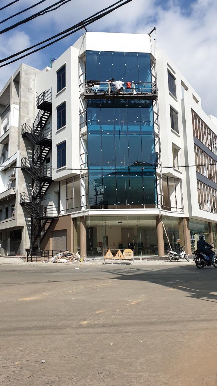 Cho thuê nhà 5 tầng nổi + 1 tầng hầm hoặc thuê theo từng tầng Phường Kim Tân