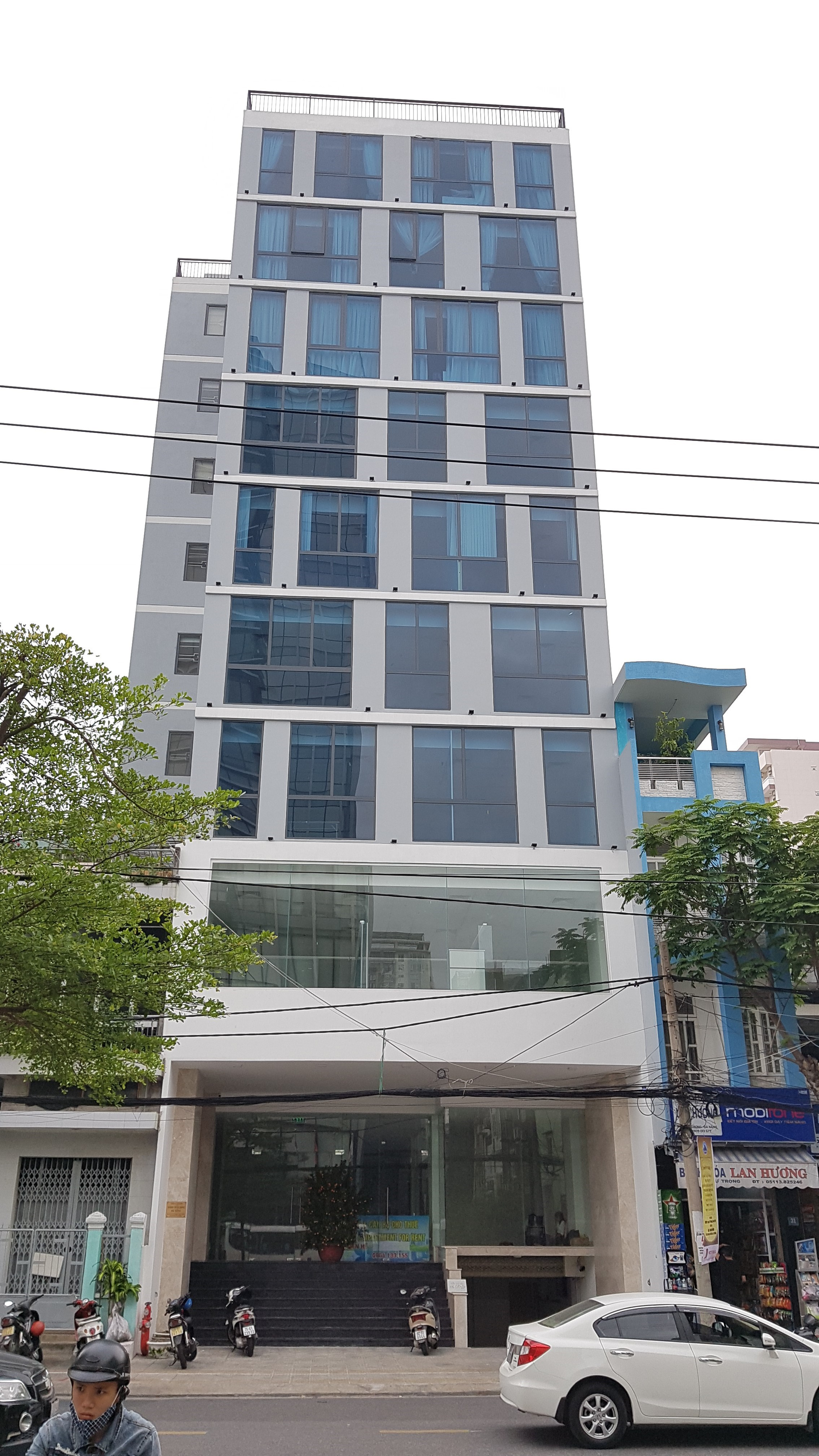 Cho thuê văn phòng đường Lý Tự Trọng, diện tích 70m2.