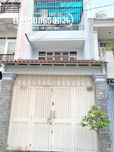 Cho thuê nhà 2 lầu hẻm xe hơi đường Hưng Phú Phường 10 Quận 8