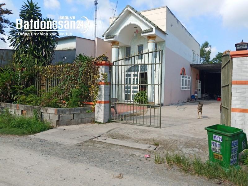 Chính chủ cần bán căn nhà tại Tân Uyên