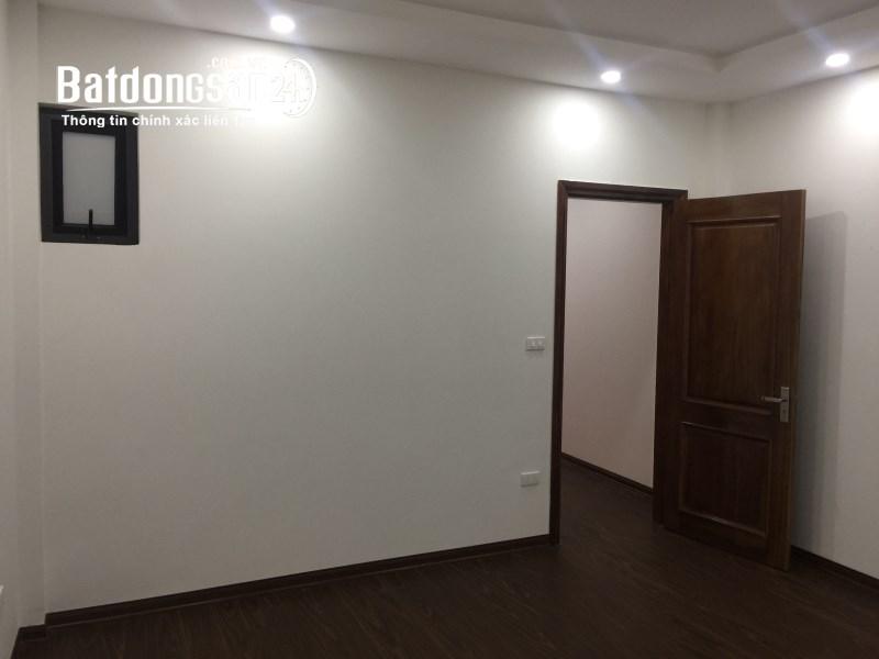 Bán nhà 45m2 tại Xuân La, 5 tầng với 2 mặt thoáng, ngõ thông Võ Chí Công, 3.5 tỷ