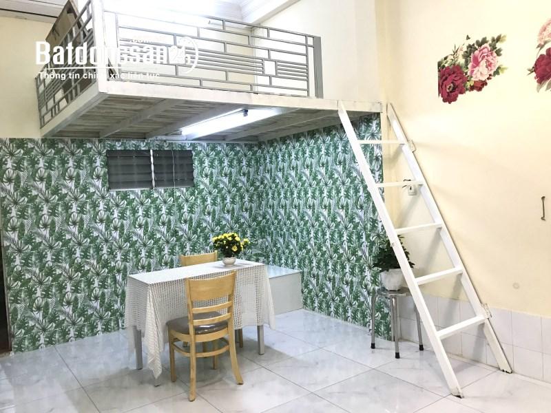 Cho thuê Phòng rộng 30m2 có gác siêu thoáng ngay trường cán bộ Chu Văn An, Bình Thạnh