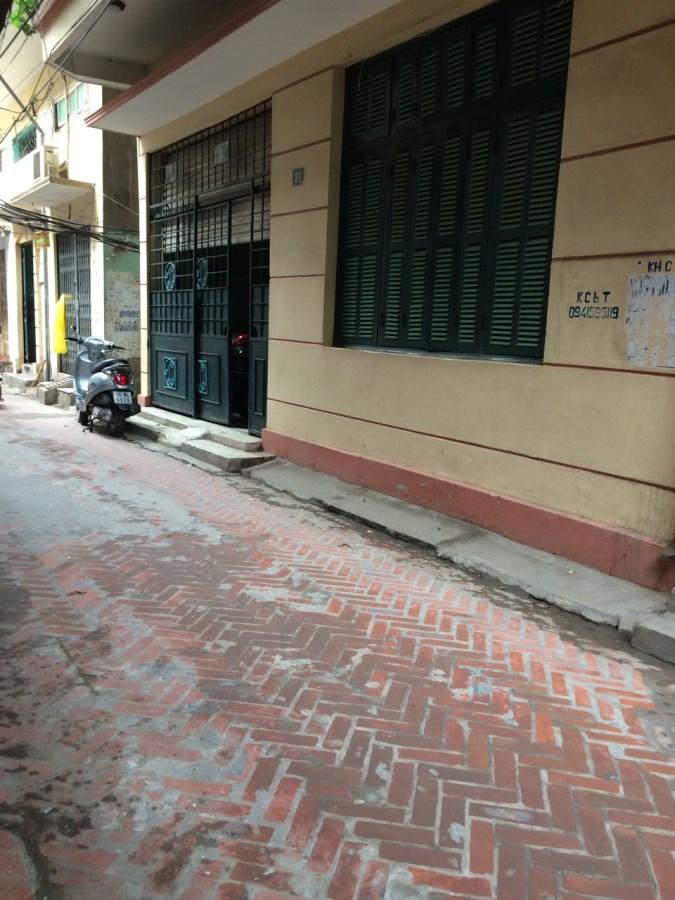 Cho thuê nhà 56m x4T trong ngõ 562 Thuỵ Khuê, Tây Hồ 2 mặt tiền nhà đẹp