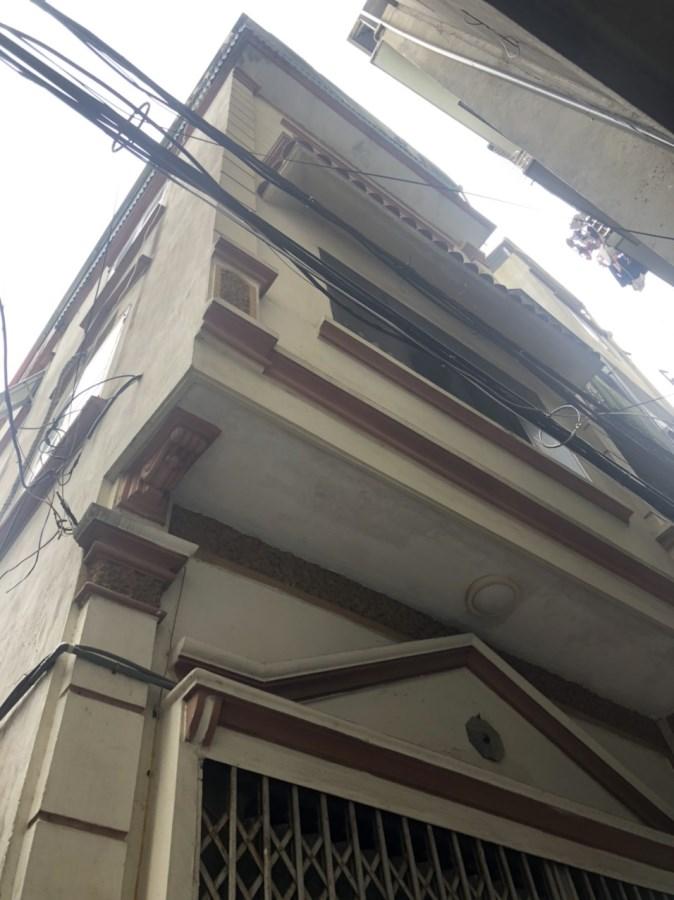 Cho thuê Dương quảng hàm - Cầu Giấy 35m*4T nhà riêng 8tr