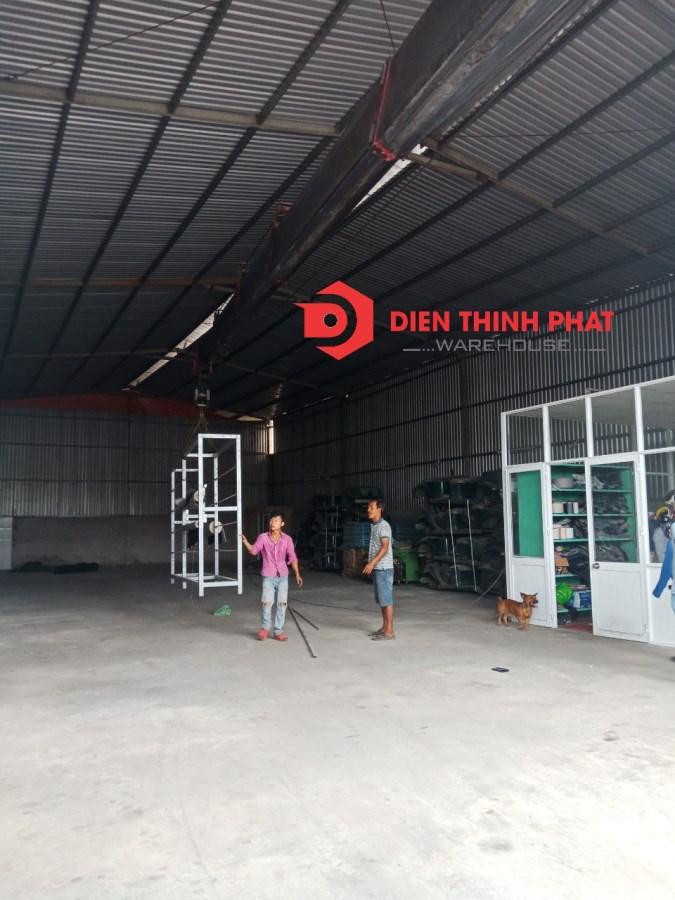 Cho thuê kho xưởng đường Bình Trị Đông 300m giá 25tr đường container 24/24
