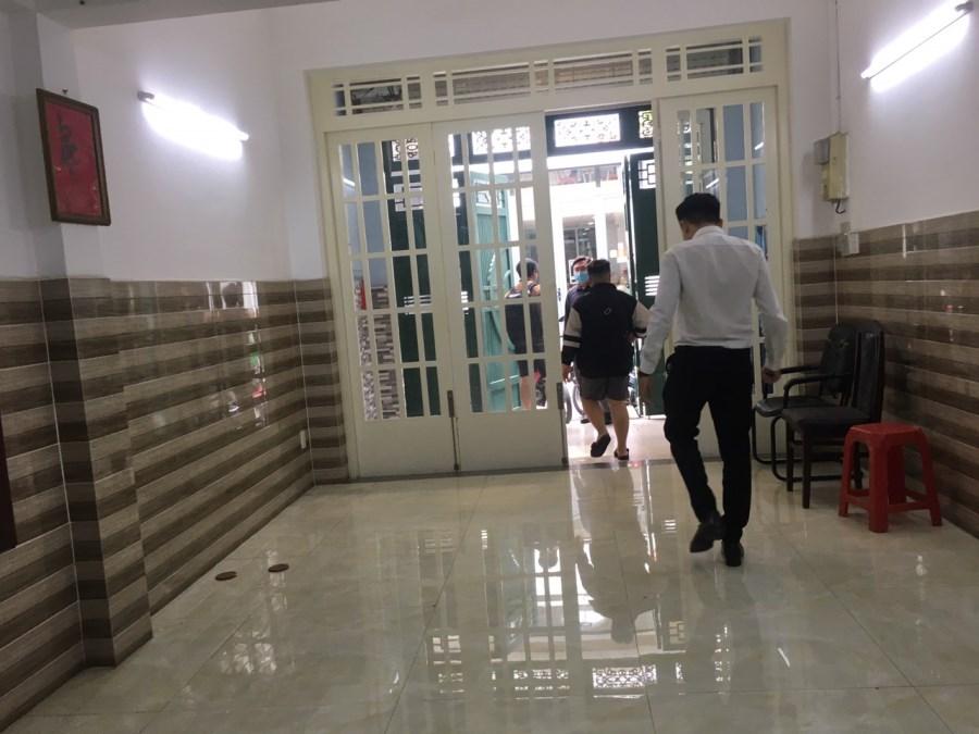 Cho Thuê nhà riêng Lê Thị Riêng, Quận 1 ,4x16m, 1 trệt 4 lầu, Giá 30 tr/th