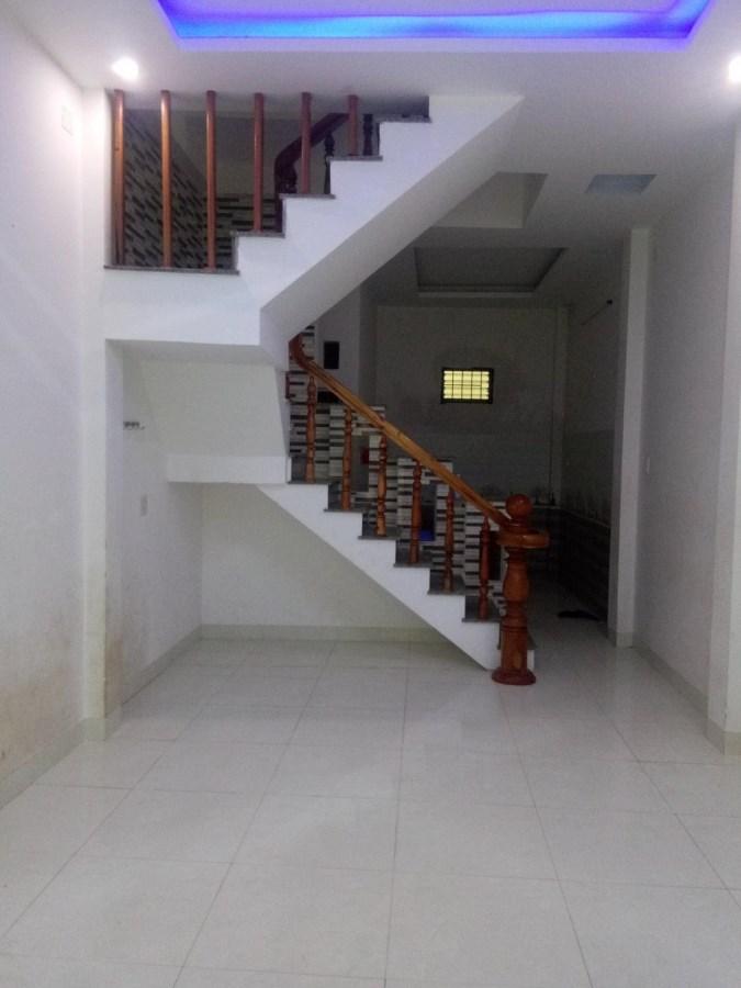 Cho thuê nhà mặt phố Đường Tây Sơn, Phường Quang Trung, TP - Quy Nhơn
