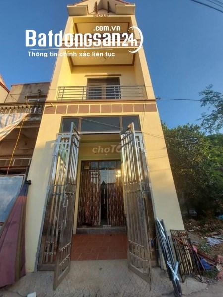 Chính chủ cần bán nhà 3 tầng Sổ Đỏ huyện Mê Linh, Hà Nội