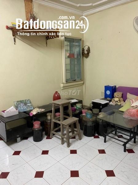 Cho thuê nhà tầng 3 tập thể H2 Thành Công, Ba Đình, HN