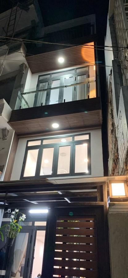 Bán nhà Cách Mạng Tháng 8 45m2 Phường 4 Tân Bình giá chỉ 7.1 tỷ.