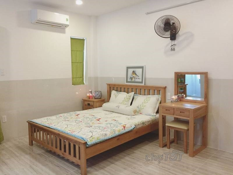 Cho thuê căn hộ chung cư Ngọc Khánh Tower, Đường Nguyễn Biểu, Quận 5