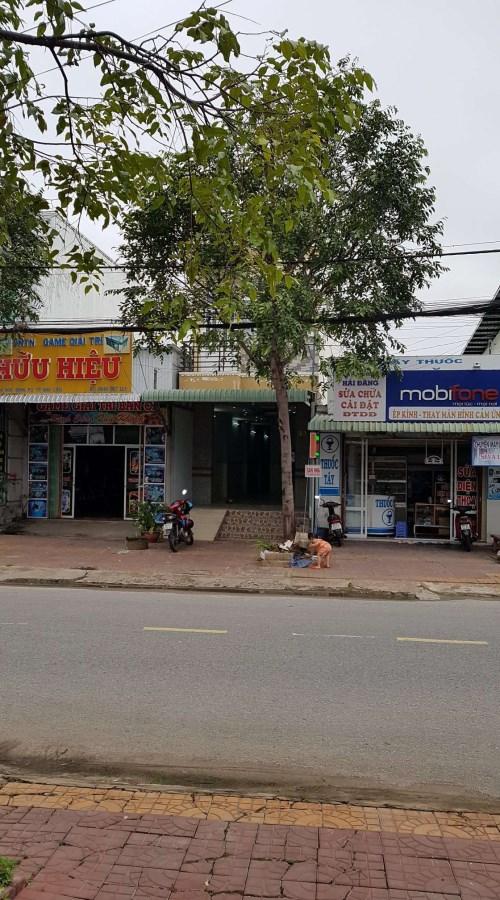 Chính chủ bán nhà 1 trệt 1 lầu 4x22 mặt tiền đường Lê Hồng Phong TP Cà Mau