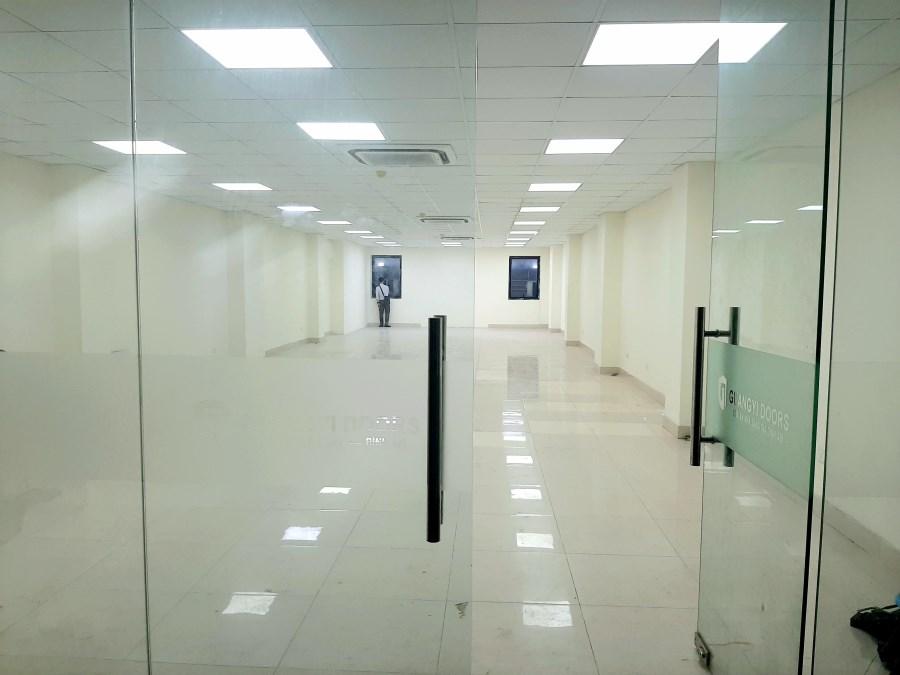 Chính chủ cho thuê văn phòng Thanh Xuân mặt sàn 160m2 tại 15 Nguyễn Xiển.