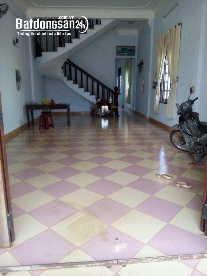 Cho thuê nhà mặt phố Đường Cách Mạng Tháng Tám, Phường Hoa Lư, TP Plei Ku