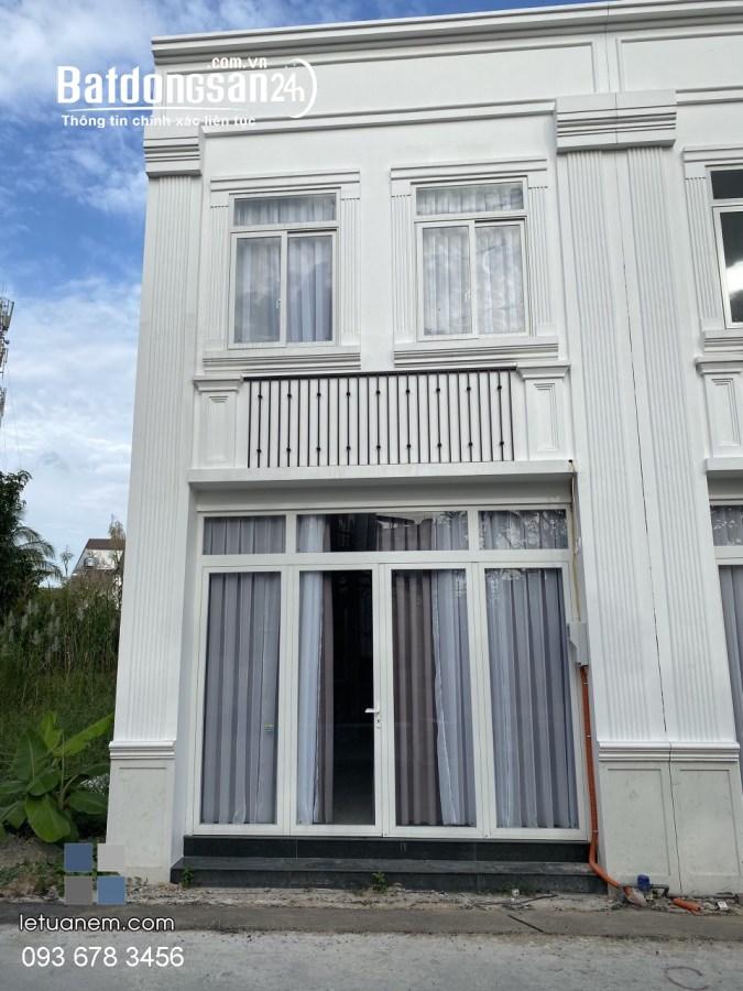 Cho thuê nhà tân cổ điển biệt thự Hưng Lợi, Ninh Kiều - 10tr/tháng