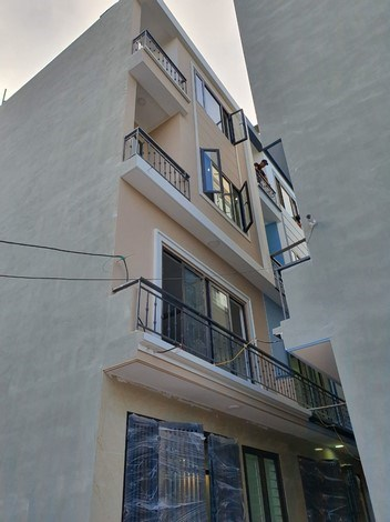 Bán nhà đẹp 4 tầng *33m2.phố Xốm- Phú Lãm, cạnh QL21B. Ô tô đỗ gần