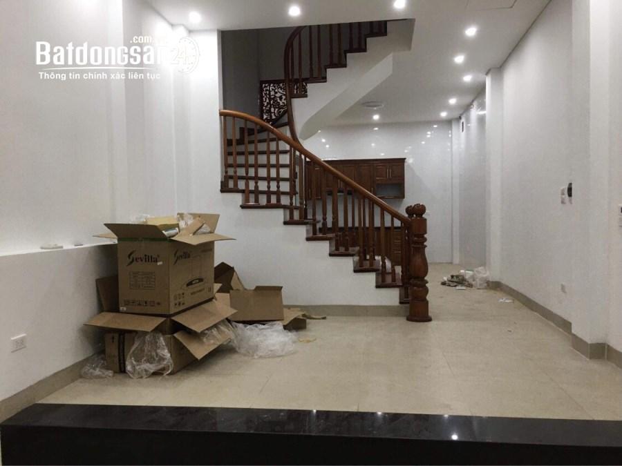 Cho thuê nhà ngõ 12 Xuân La, Tây Hồ 55m x4T nhà mới gần trường học, chợ Hồ Tây