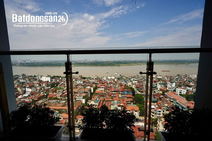 Tôi cần bán căn 3 ngủ view sông Hồng dự án Sun Ancora Lương Yên 6,5 tỷ