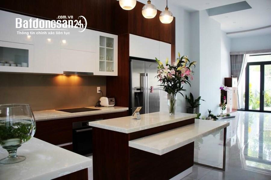 Cho thuê nhà KĐT Vạn Phúc, DT 6x20, 4 tầng, 5PN, 5WC, FULL Nội Thất giá 40 triệu