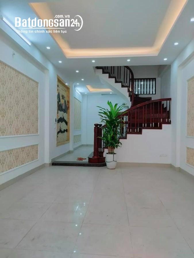 Nhà mới hoàn thiện ô tô đỗ cửa Phùng Chí Kiên Dt51m2 chỉ 10 tỷ