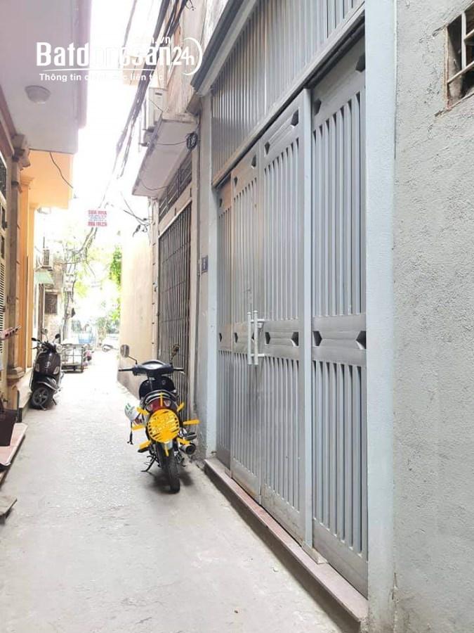 BÁN nhà to đẹp đường  LÁNG DT40m2, giá nhỉnh3tỷ LH Mr Quang 0982755203