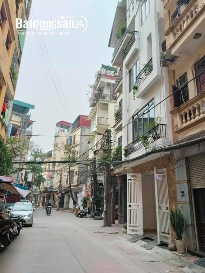 Bán gấp nhà mới ô tô đỗ cửa phố Phùng Chí Kiên Dt51m2 chỉ 10 tỷ
