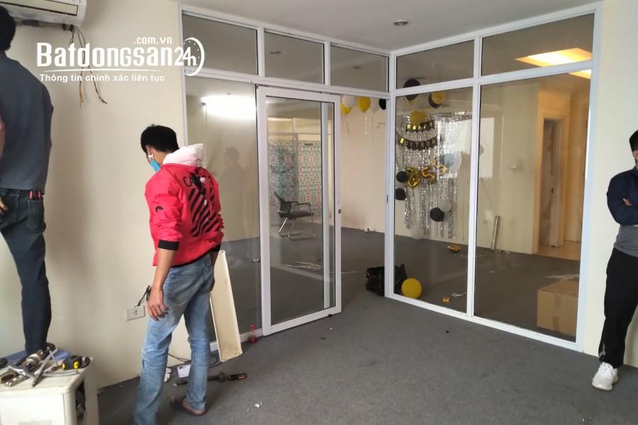 Căn hộ phố Thái Thịnh cho làm VP. 115m2 chỉ 10TR trang bị đầy đủ