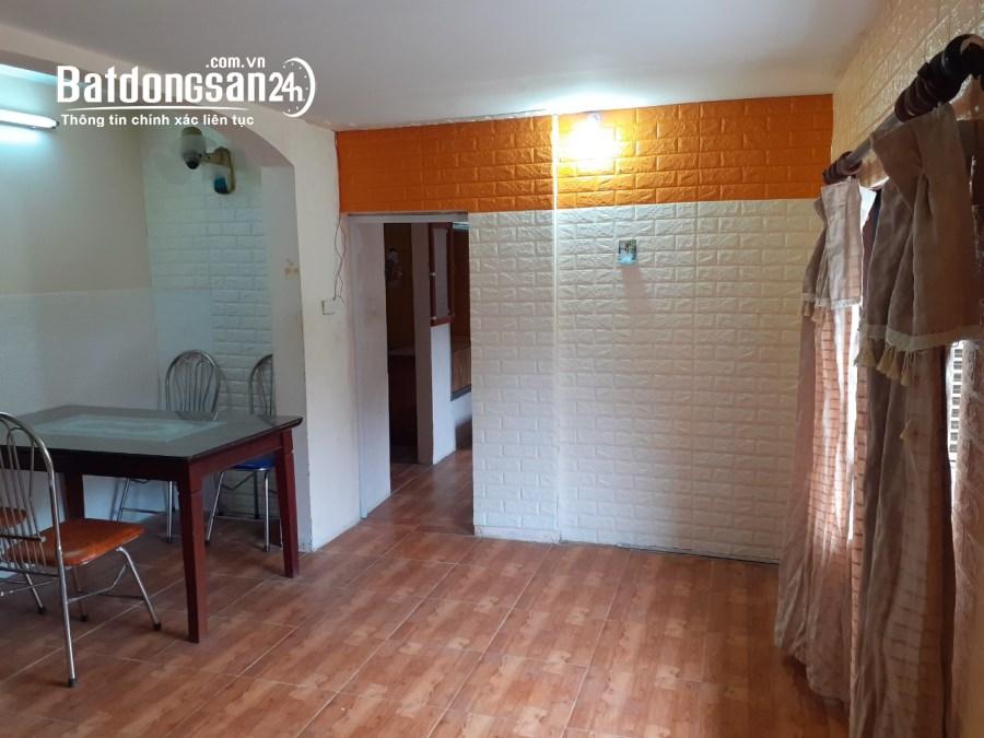 Cho thuê căn hộ chung cư Đường Tô Hiệu 60m2 2 ngủ nhà đẹp đủ đồ