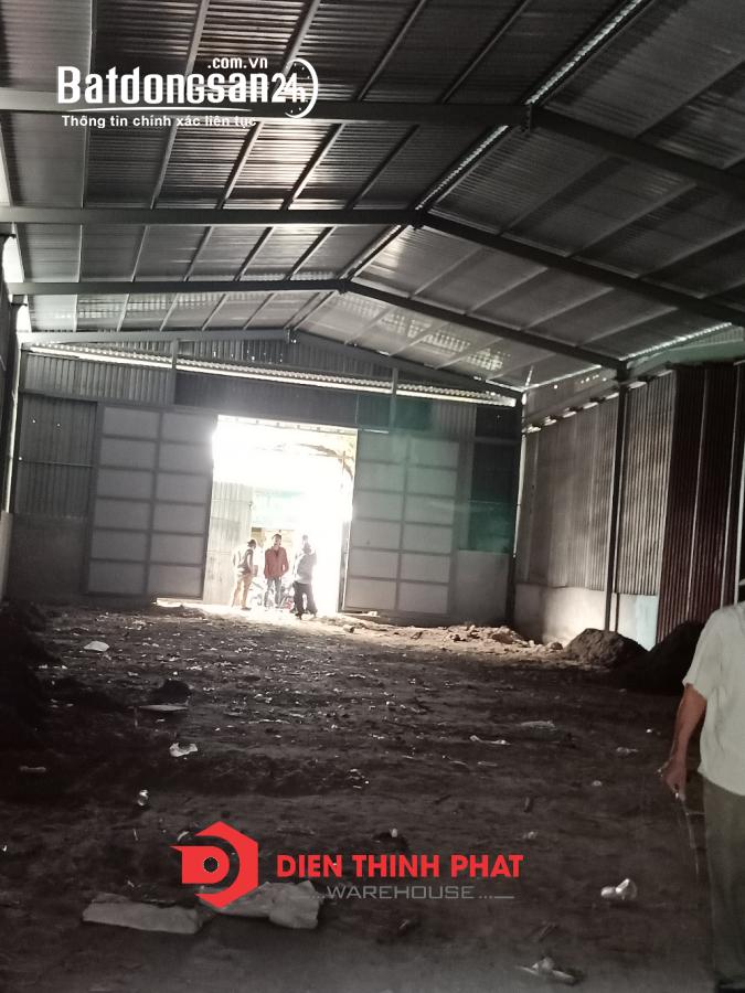 Cho thuê kho xưởng đường Mã Lò quận Bình Tân 8x25 giá 22tr đường container