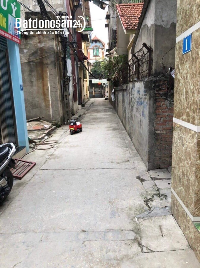 Bán đất Ngô Xuân Quảng, Trâu Qùy DT 55m2 oto vào giá 42tr/m2.