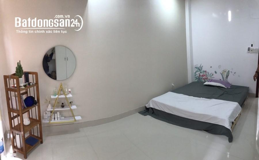 Cho thuê phòng có nội thất rất mới tại 436A/102 Đường 3/2 P10 Q10 giá 5,2tr/th