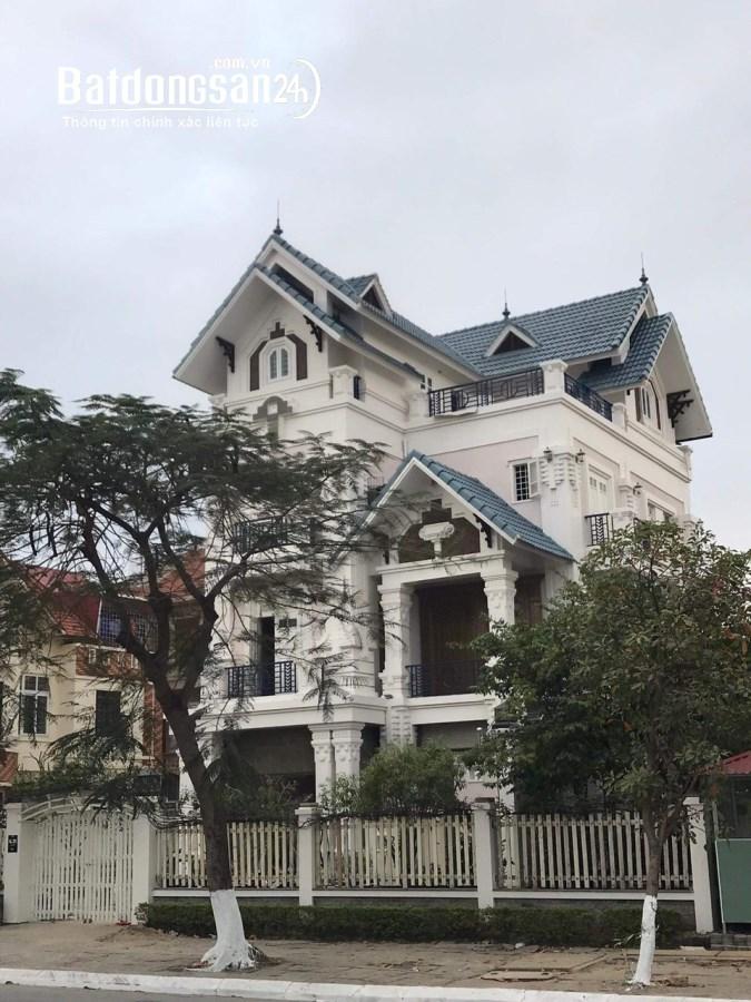 Bán biệt thự khu Sao Đỏ mặt đường Phạm Văn Đồng, Hải Phòng, Giá 17 tỷ