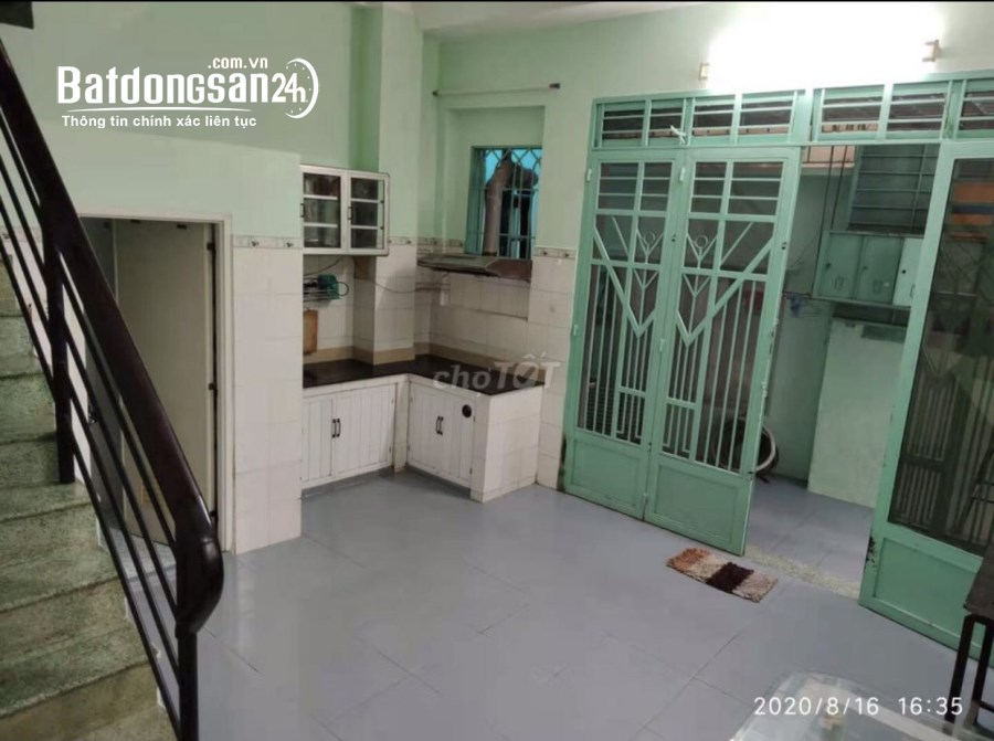 Cho thuê nhà NC 1 trệt 3 lầu 3pn máy lạnh hẻm 226 Nguyễn Trãi P3 Q5 giá 10,5tr