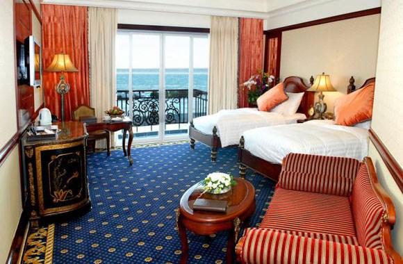 Bán khách sạn Đường Phan Chu Chinh, Phường 2, mới 100%