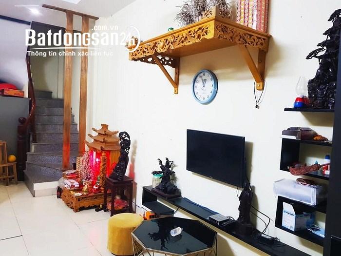 Bán nhà gấp Kim Mã 29m, 4 tầng mt 3m giá chỉ 2,98 tỷ 0976185932