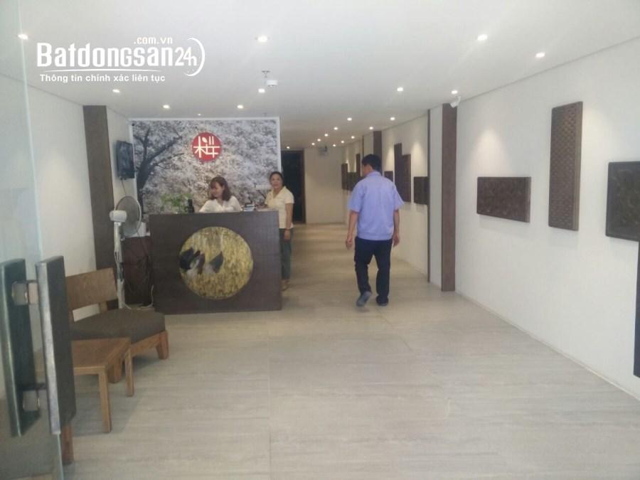 Cho thuê mặt bằng văn phòng tầng 2 DT 100m2 chia 2 phòng số12 Trương Hán Siêu,HN