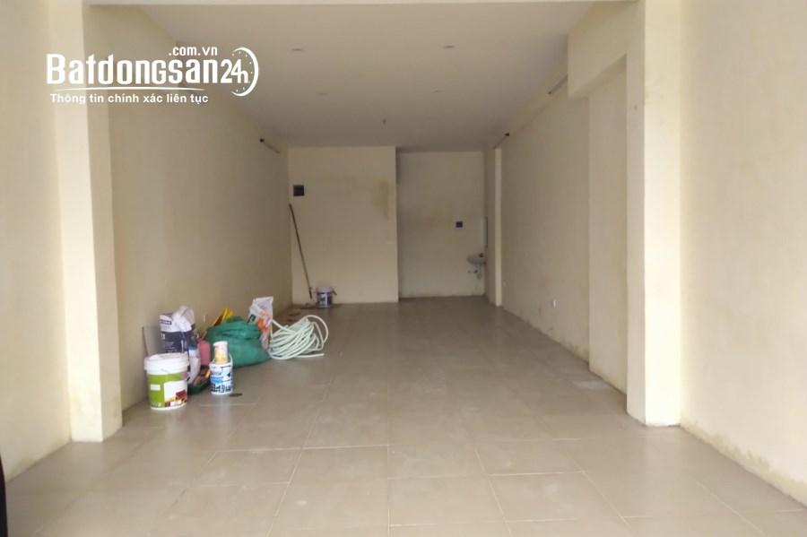 Mặt bằng 52m2 khu vực đông dân đoạn ngã 4 Kim Mã. Oto đỗ cửa