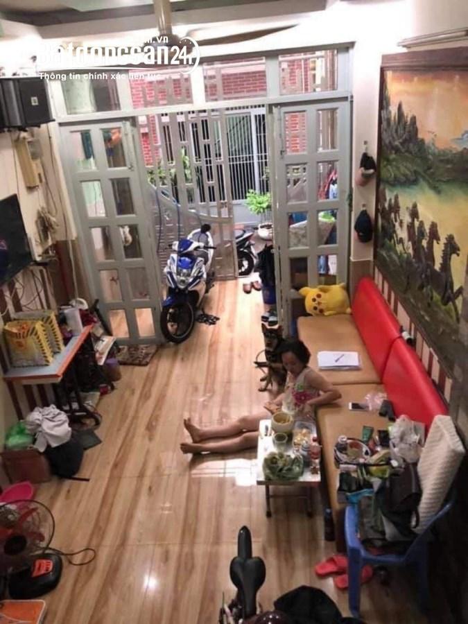 Bán nhà mặt phố Đường Nguyễn Thiện Thuật, Phường 3, Quận 3