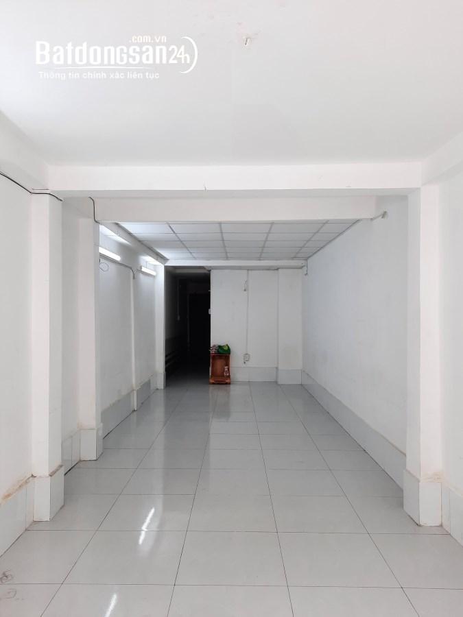 Bán nhà mặt phố Đường Cao Đạt, Phường 1, Quận 5