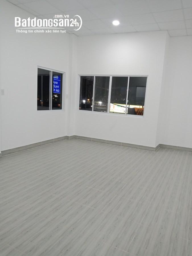Cho thuê VP tầng 1 56m2 tại 191 Hoàng Diệu 2 P Linh Trung Q TĐức giá 8tr/th