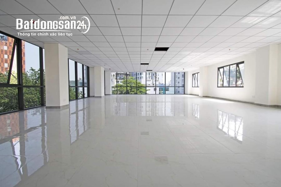 Cho thuê Văn phòng 90m2 tại Lê Văn Lương. Giá thuê rẻ nhất khu vực