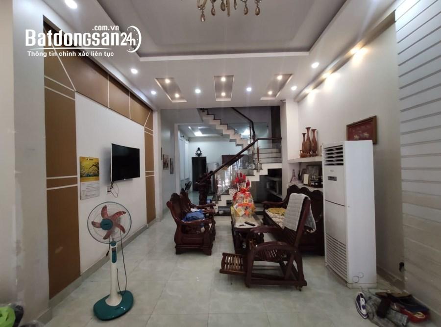 Bán nhà Hoàng Văn Thụ HXH 8m 4 lầu 94m2 8pn giá rẻ