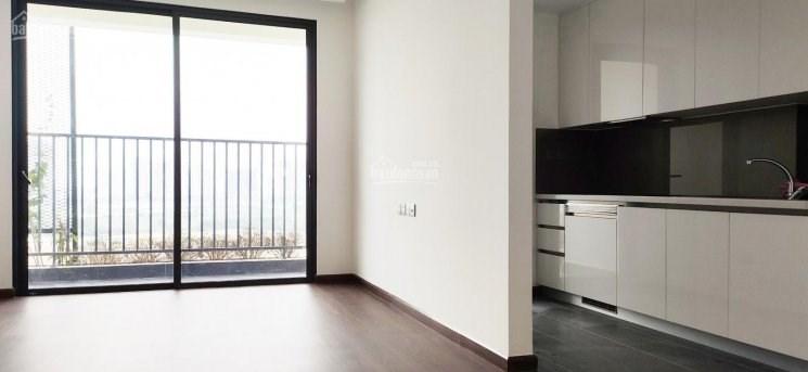 Gia đình bán gấp căn hộ 1610 ( 83m2) tòa M1- chung cư 6Th Element .