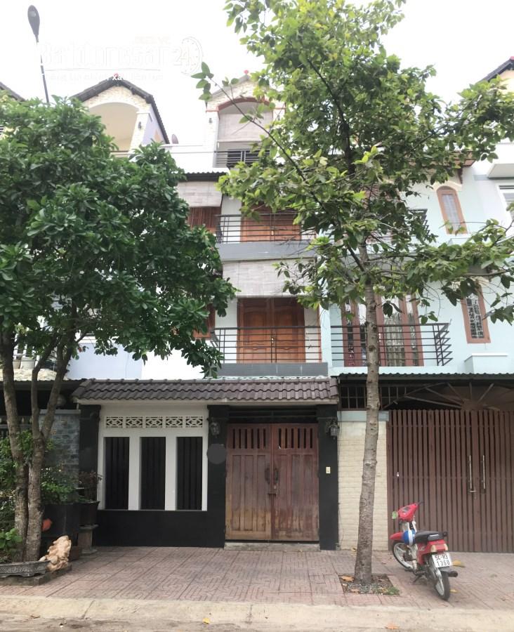 Nhà Nội Thất Gỗ Cao Cấp Đường Cây Keo, Phường Tam Phú, Tp. Thủ Đức.
